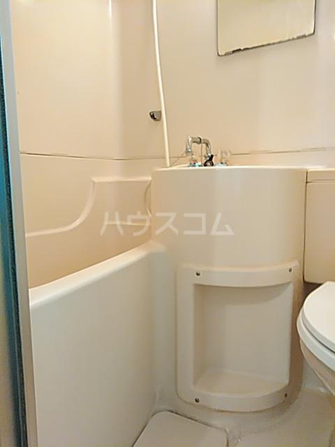ハイシティ弥生 305号室の風呂