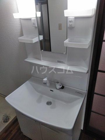 悠遊館 202号室の洗面所