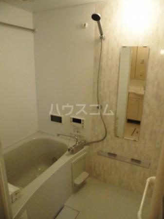 D-room kume 201号室の風呂