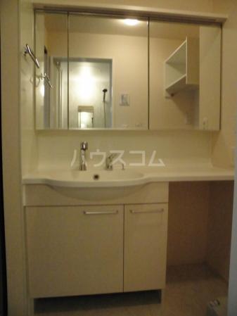 D-room kume 201号室の洗面所