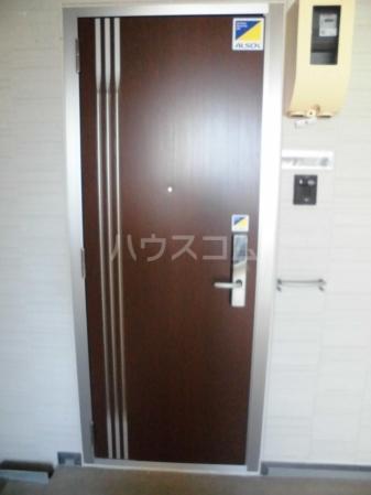 D-room kume 201号室のエントランス
