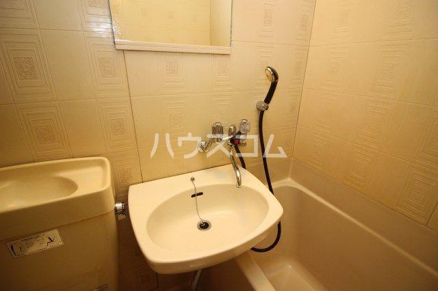 シティパーク薬院 204号室の風呂