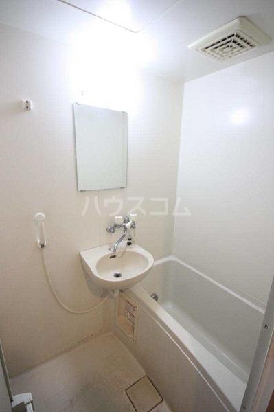 サンメルト高宮東 302号室の風呂