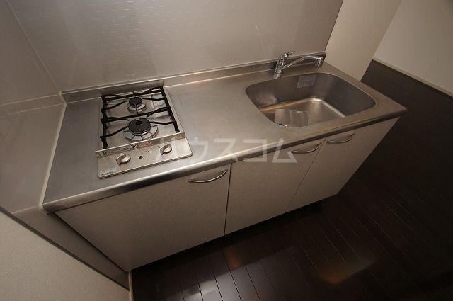 レジデンス住吉 703号室のキッチン