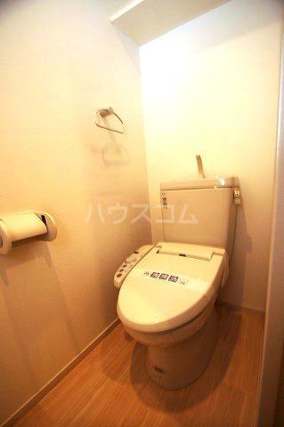 レジデンス住吉 703号室のトイレ