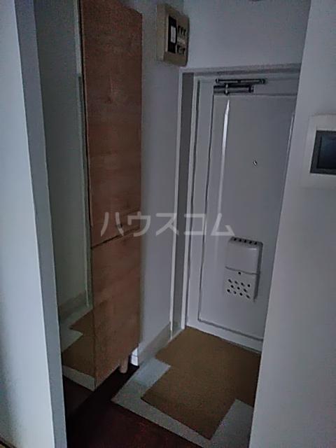 レピドール自由が丘 105号室の玄関