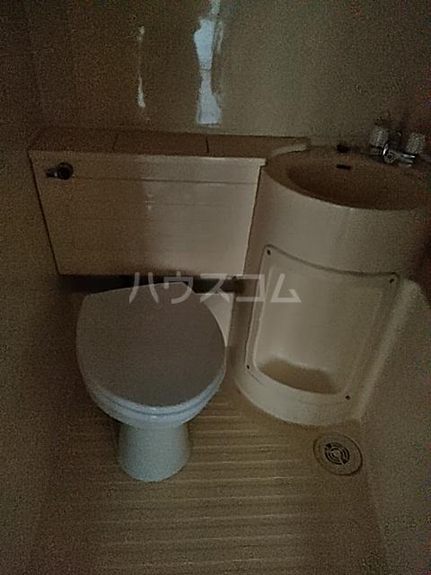 レピドール自由が丘 105号室のトイレ