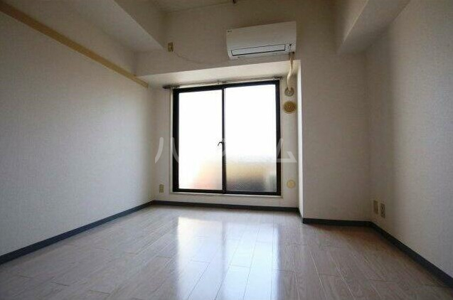 モナークマンション柿の木坂 203号室の居室