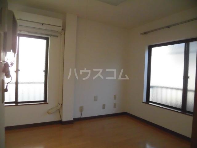 コーポタキ 203号室のリビング
