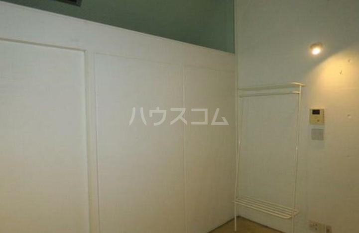 リッジ 203号室の玄関