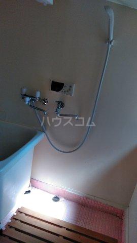 鈴木アパート 202号室の風呂