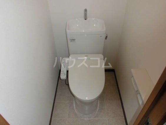 日商岩井自由が丘マンション 206号室のトイレ
