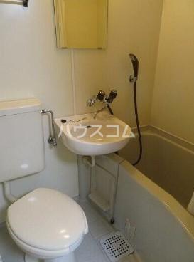 フィンセント自由が丘 202号室のトイレ