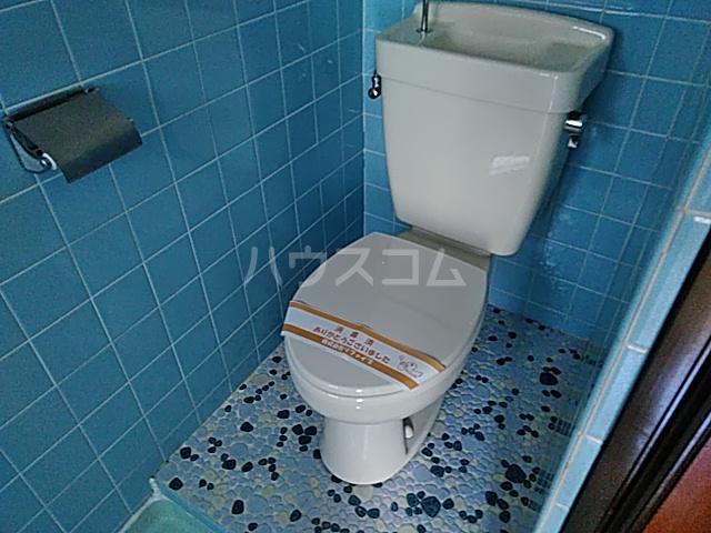 ハウス寿 206号室のトイレ