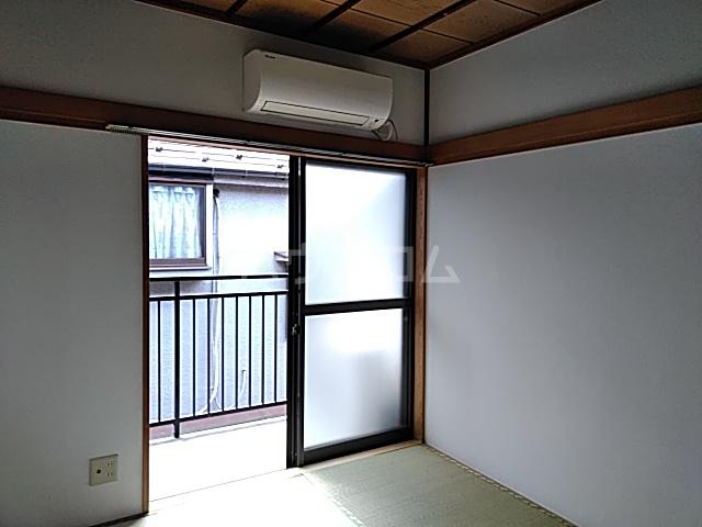 ハウス寿 206号室のバルコニー