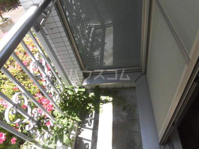 パシモントハウス 101号室のバルコニー