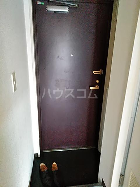 サンライク綱島 505号室の玄関