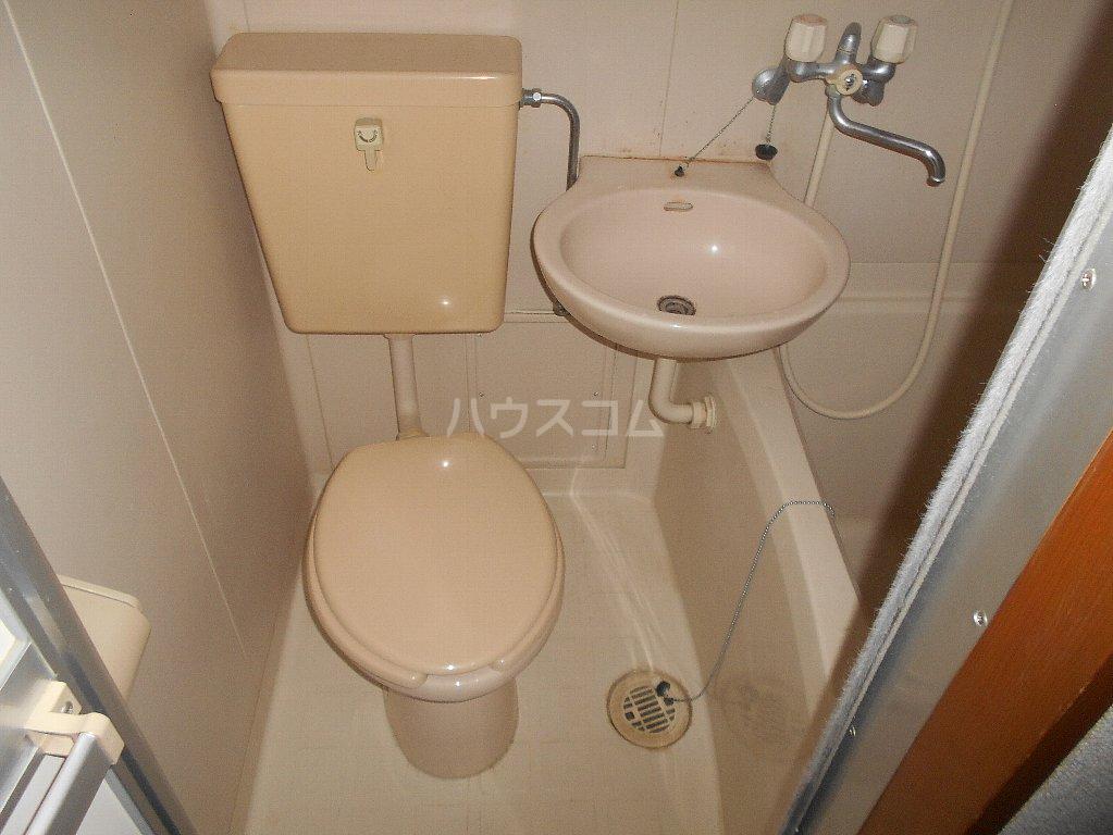 中川ビル 306号室のトイレ