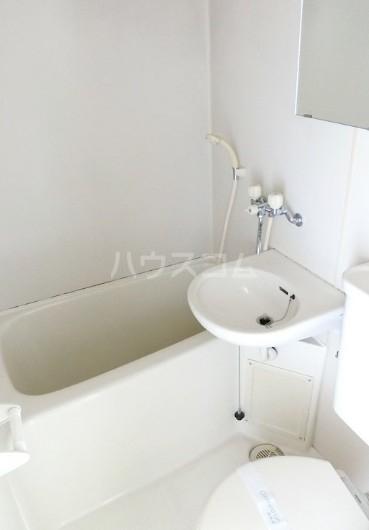 トップ新丸子第4 501号室の風呂