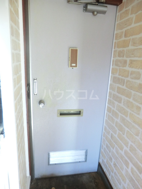 コーポコスモス 0203号室の玄関
