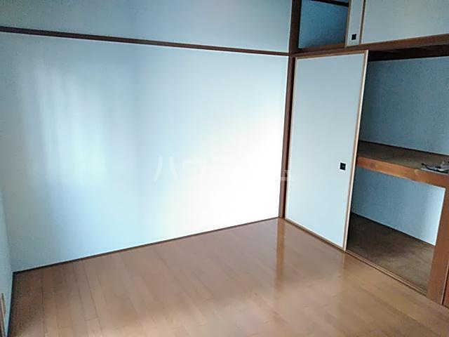 スライブハイツ   206号室のリビング