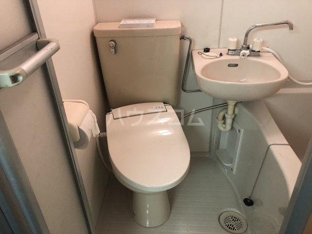 ビケンアーバンス B-3号室のトイレ
