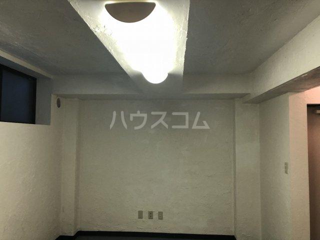ビケンアーバンス B-3号室のベッドルーム