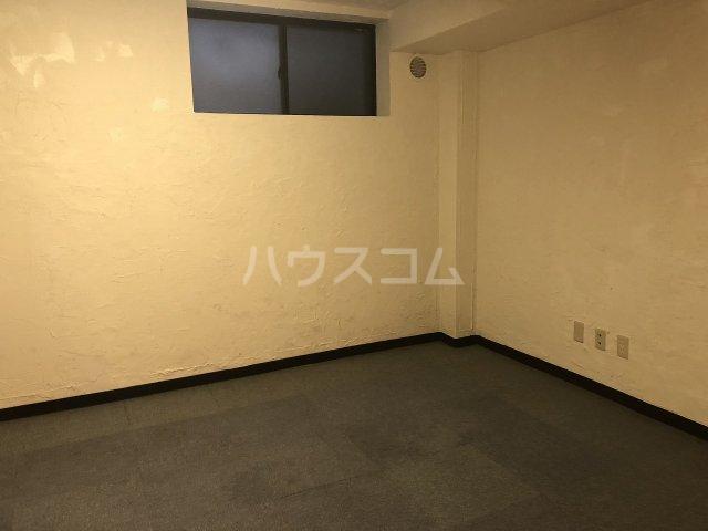 ビケンアーバンス B-3号室の居室