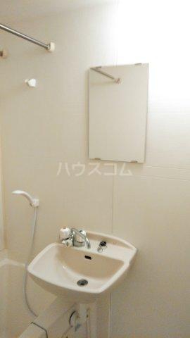 アイコート三軒茶屋 303号室の洗面所