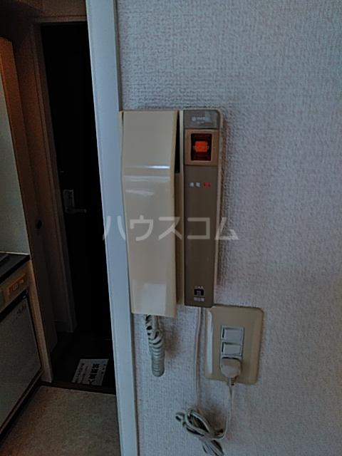 レオパレス松陰神社 201号室のセキュリティ