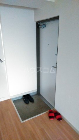 杉田ハイツ 301号室の玄関