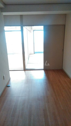 杉田ハイツ 301号室のリビング