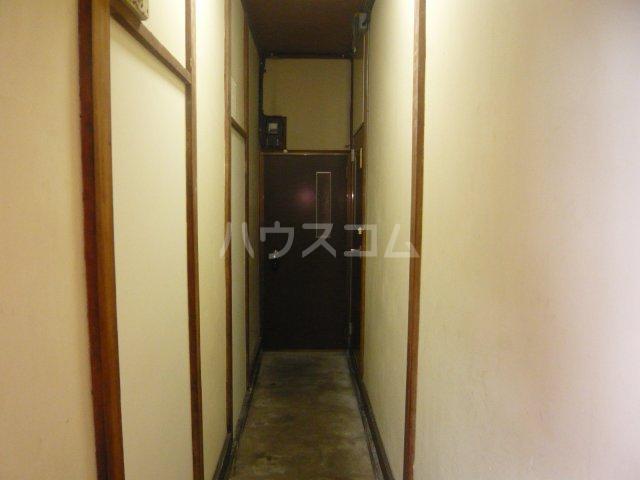 宮入荘 S3号室のロビー