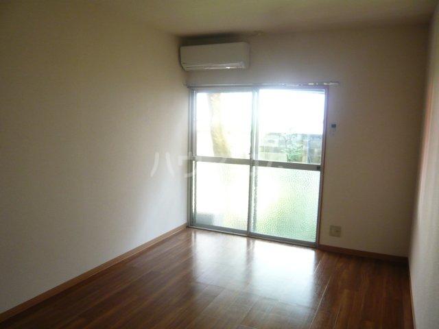 宮入荘 S3号室のリビング