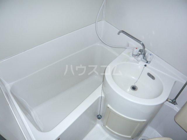 宮入荘 S3号室の風呂