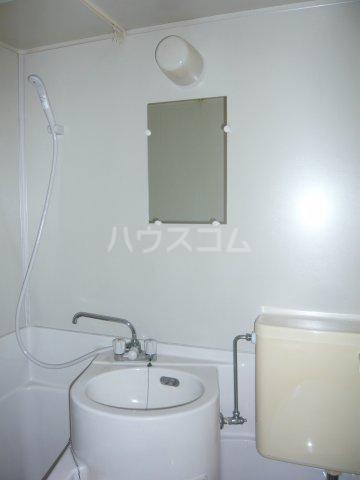 宮入荘 S3号室の洗面所