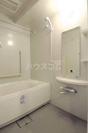 CHARMANT LUMIERE 203号室の風呂