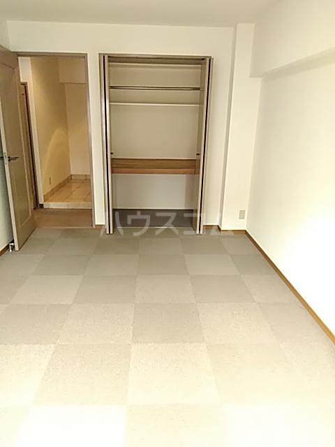 エド・コモン西早稲田 502号室の収納