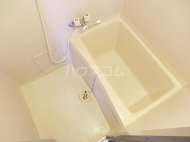 エレガンス パーク 204号室の風呂