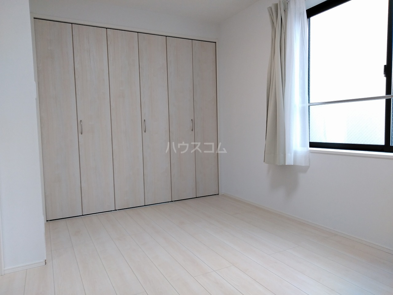 J・スタイリオ堀切 304号室のベッドルーム