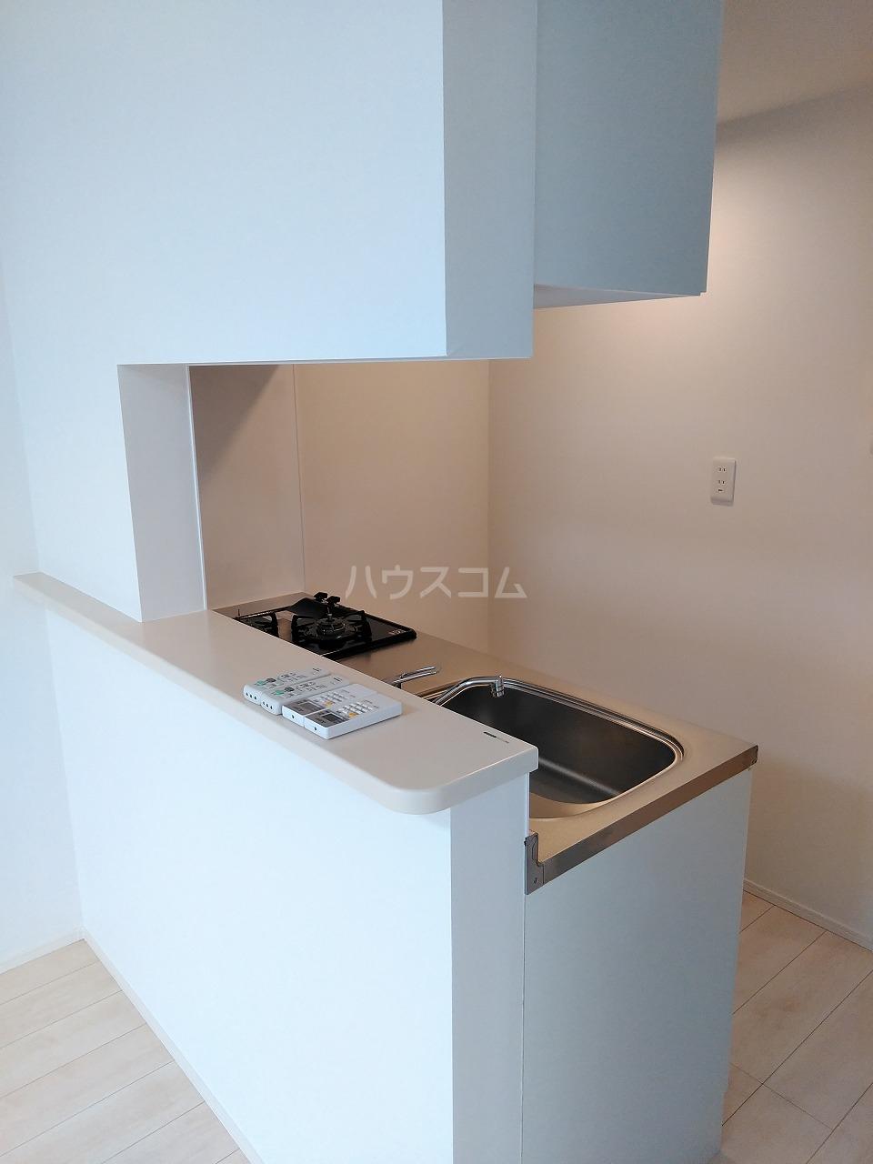 J・スタイリオ堀切 304号室のキッチン