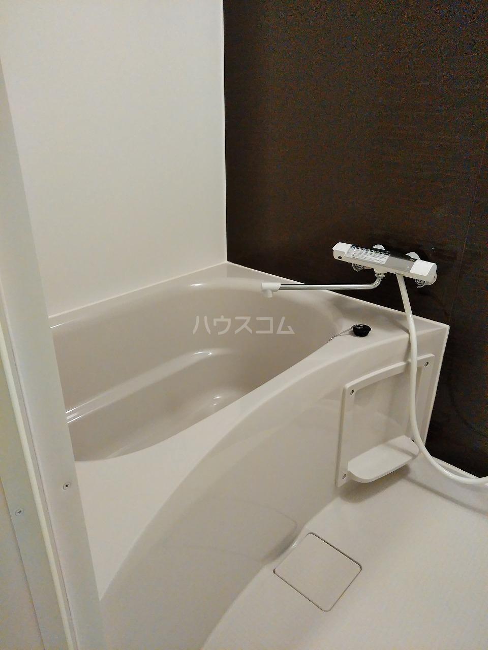 J・スタイリオ堀切 304号室の風呂