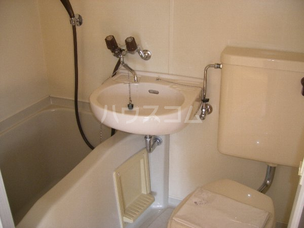 キョウメイタウン 2C号室の風呂