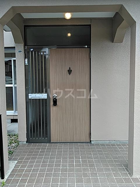 福岡借家の玄関