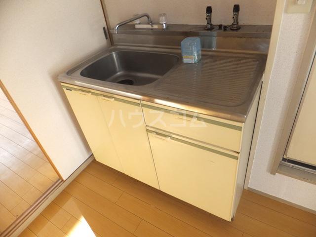 コーポラスヒロ 101号室のキッチン