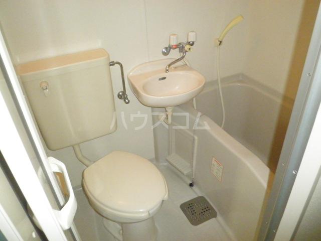 Hills東山B 101号室のトイレ