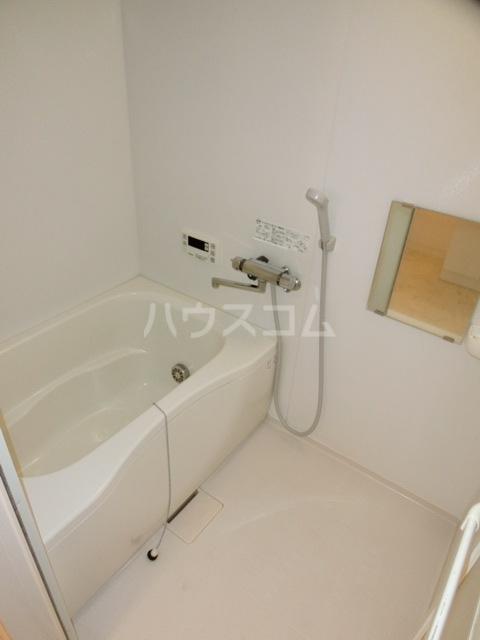 アークヒルズ虹ヶ丘 306号室の風呂