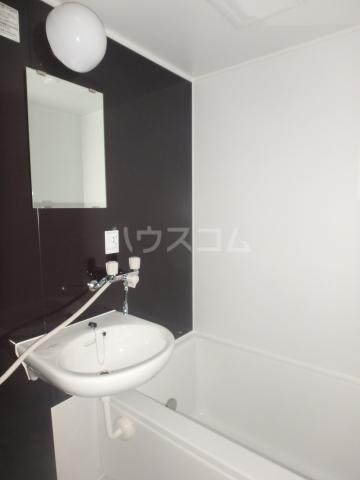 WJ・W-3ハイツ 206号室の風呂