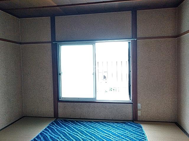 石井ハイツ 202号室のリビング