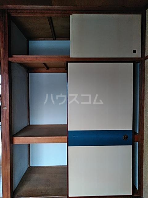石井ハイツ 202号室の収納